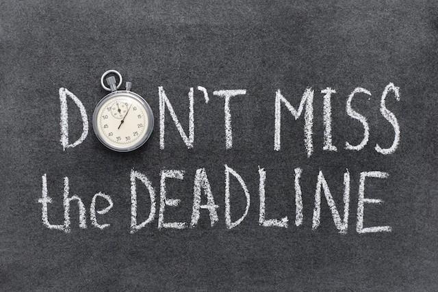 Paper self assessment tax return deadline